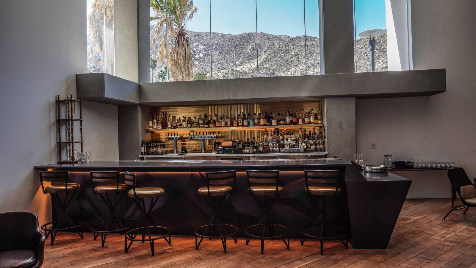 Luxury Palm Springs Hotels - Rowan Palm Springs - Kimpton Hotel