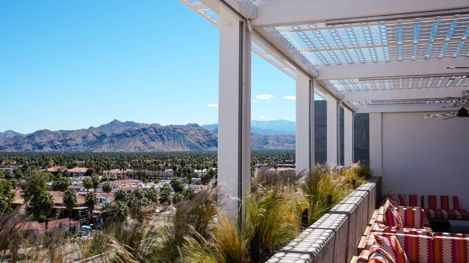 Luxury Palm Springs Hotels - Rowan