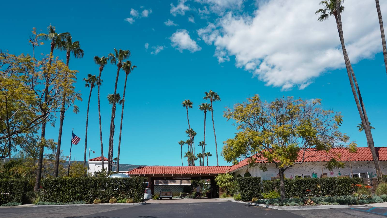 Best Retro Santa Barbara Hotel - The Goodland - Amy Marietta