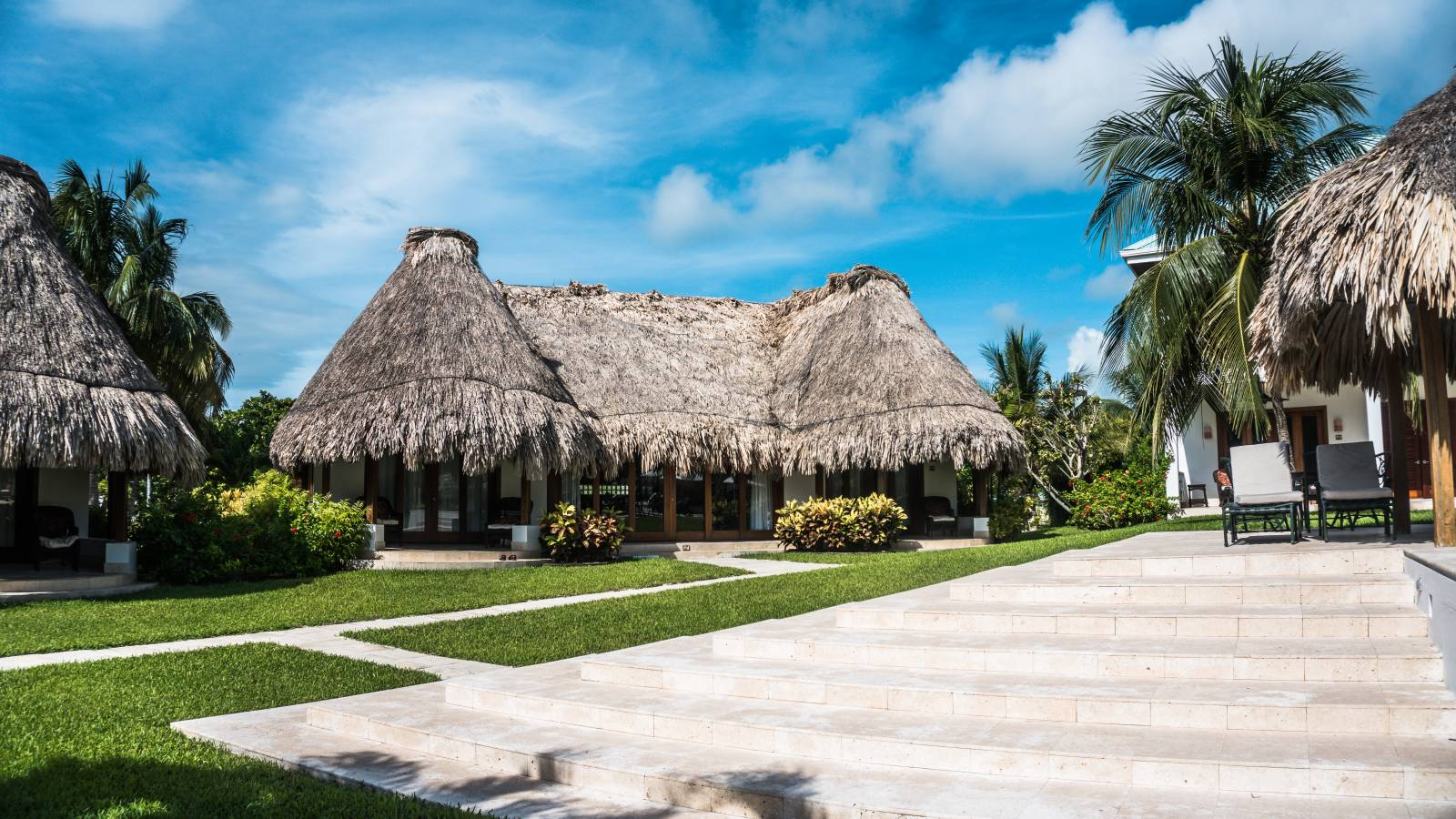Best Luxury Belize Resort On Ambergris Caye - Victoria House