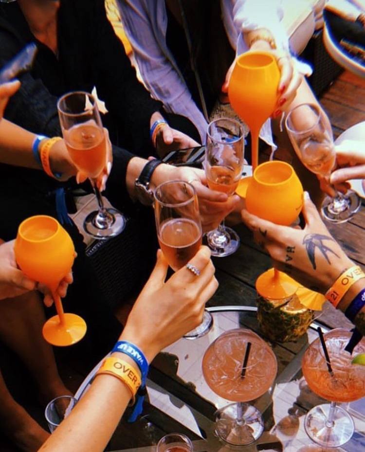 Wake Up Call By W Hotels Veuve