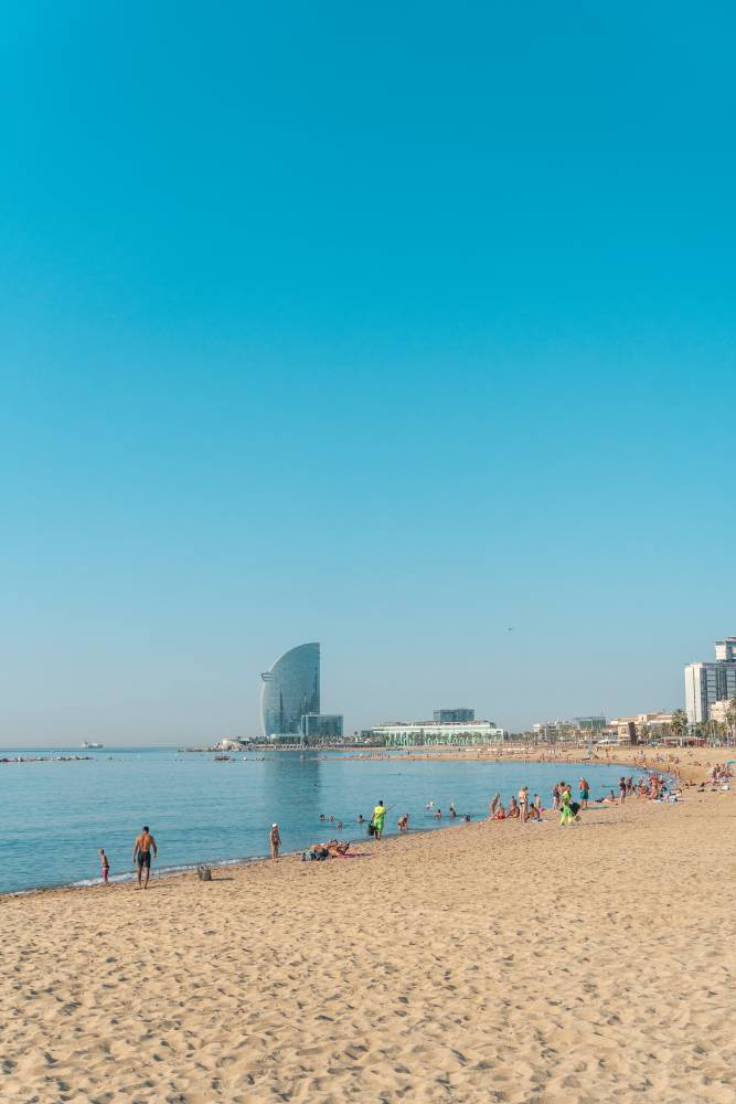 How To See The Best Of Barcelona In 3 Days - La Barceloneta Beach