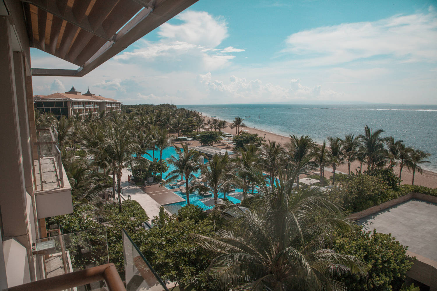 The Most Luxurious Resort In Nusa Dua For Couples: The Mulia Bali