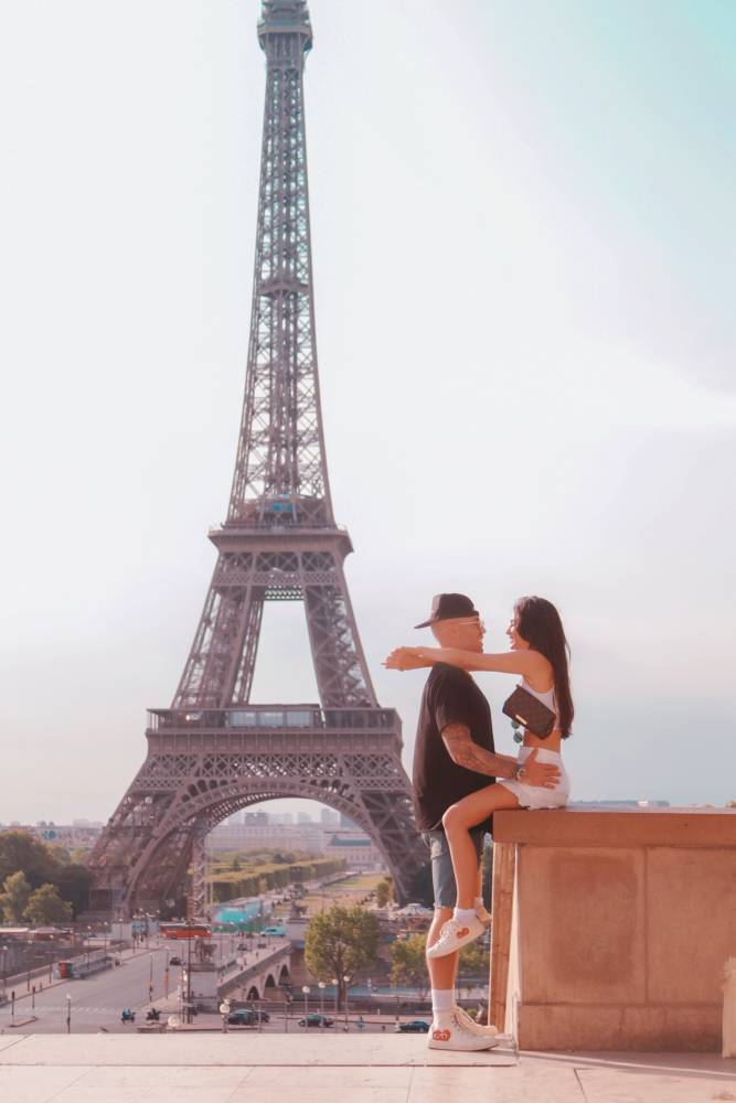 The Ultimate Paris Travel Guide: How To See The Best Of It by Luxury Travel Blogger Amy Marietta @amy_marietta #paristravel Creative Travel Couples