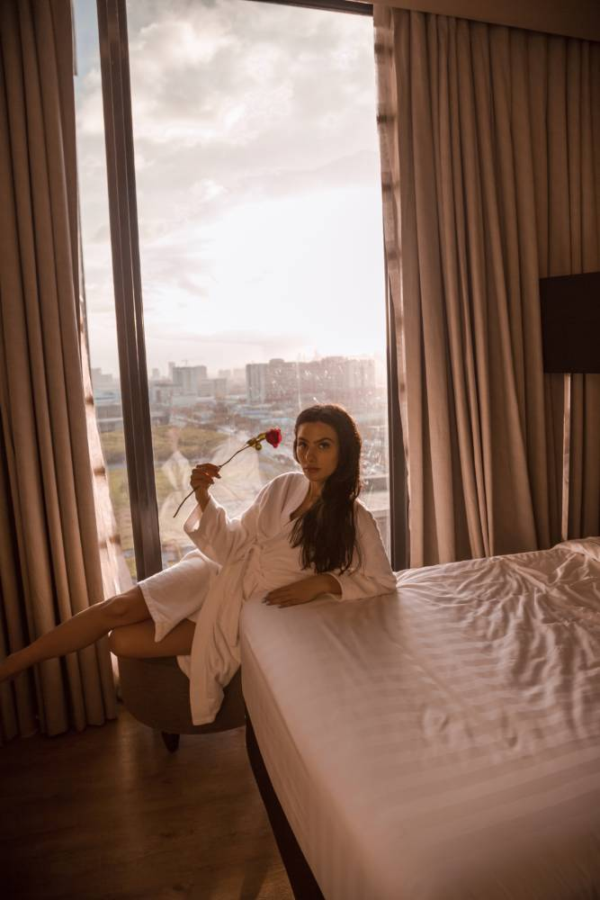 The Best Hotel In Cebu City To Stay At (With A BEAUTIFUL Rooftop) - Bai Hotel Cebu - Amy Marietta #cebu #philippines