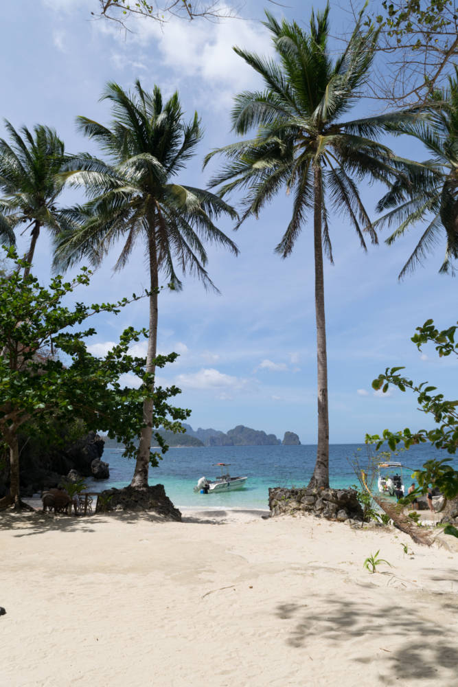 Three Coconuts Beach #elnido #palawan #philippines